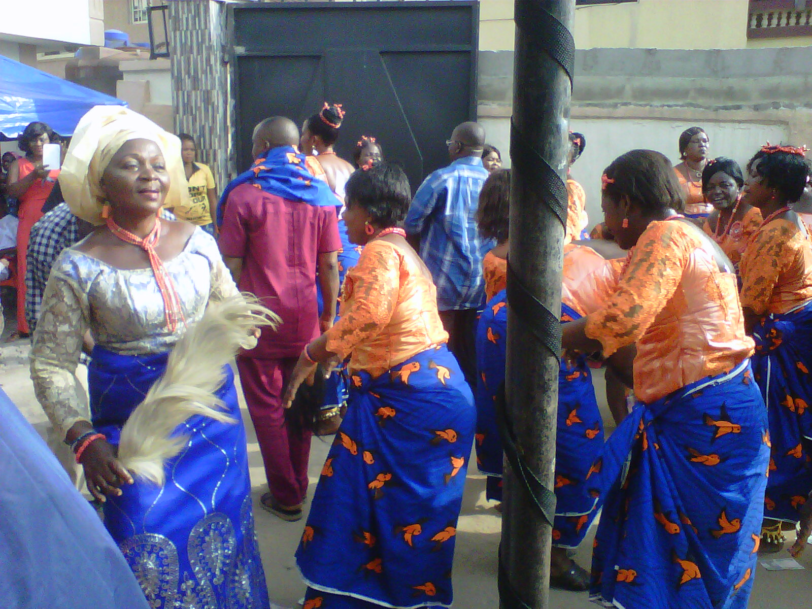 eziafa-cultural-dance-organized-by-iiu-womens-wing-lagos-brance-to-raise-fund-for-40-years-abadoned-community-hall
