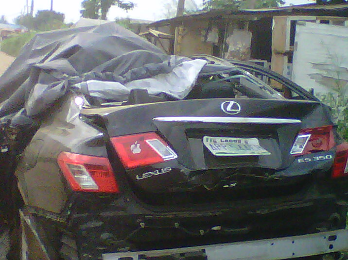 lexus-car-parked-at-shasha-police-division